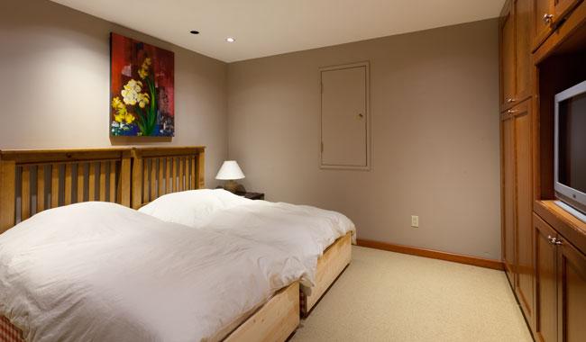 Taluswood The Ridge 14 Ski In Ski Out 6 Bedroom (39)
