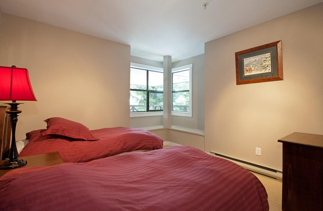 Whistler Accommodation Pinnacle Ridge 21 Bedroom5