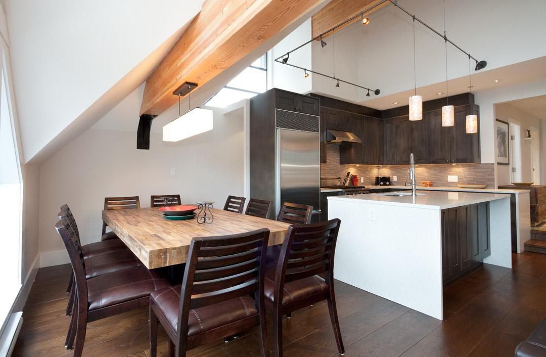 Whistler Accommodation Pinnacle Ridge 21 Dining