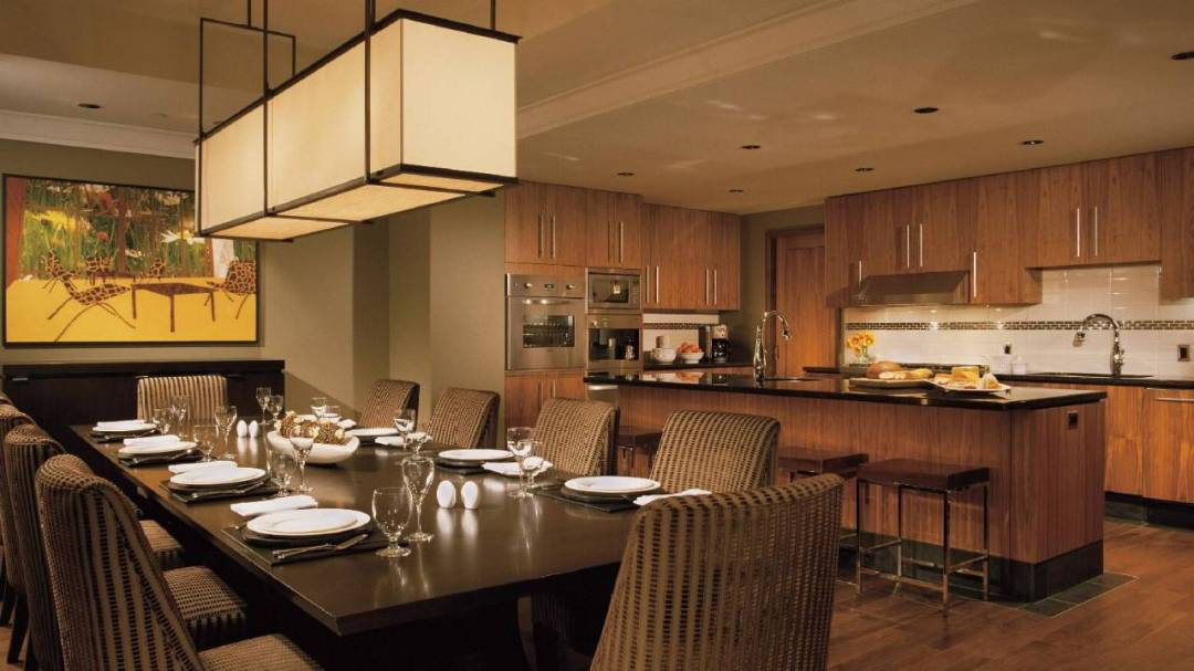 Whistler Four Seasons Resort 4 Bedroom and Den Resort Residence Kitchen