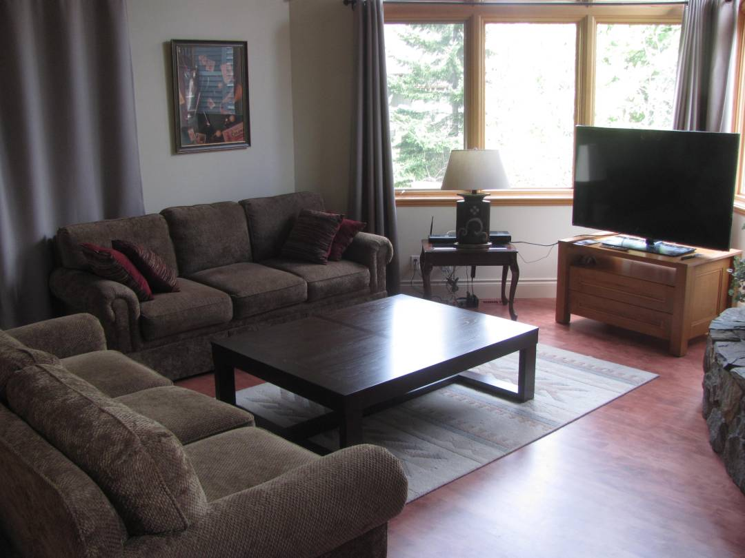 Whistler Long Term Rental Blueberry (19)