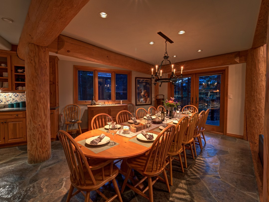 Whistler Luxury Ski In Ski Out 5 Bedroom Chalet Home (52)