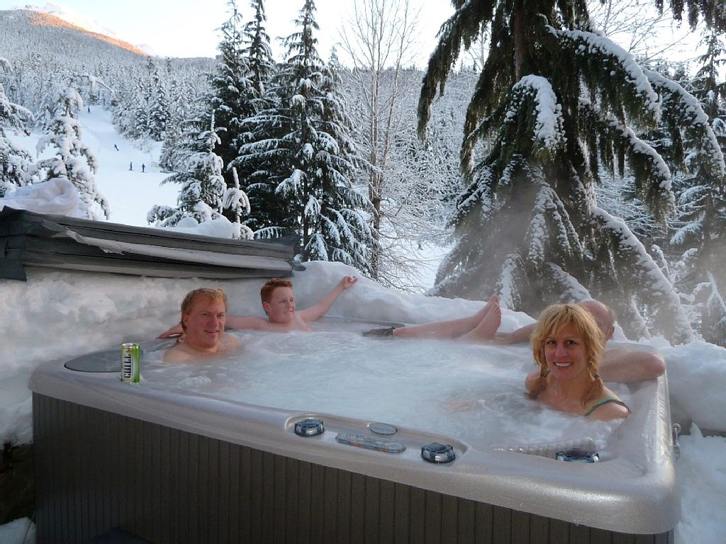 Whistler Luxury Ski In Ski Out Rental Home (15)