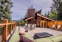 Whistler Mountain Rental House 6 Bedroom (13)