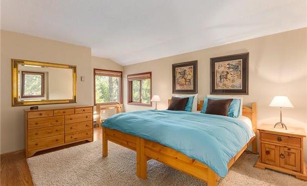 Whistler Rental Home 4 Bed Alpine Chalet (12)