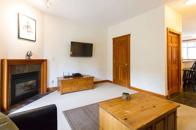 Whistler Village Accommodation - Granite Court LR