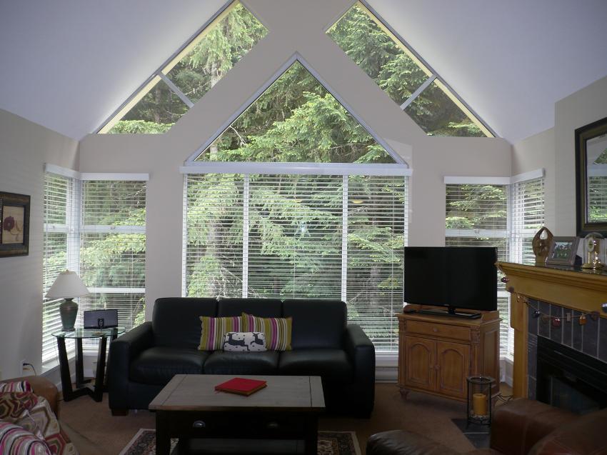 Woodrun Lodge Whistler 614 (9)