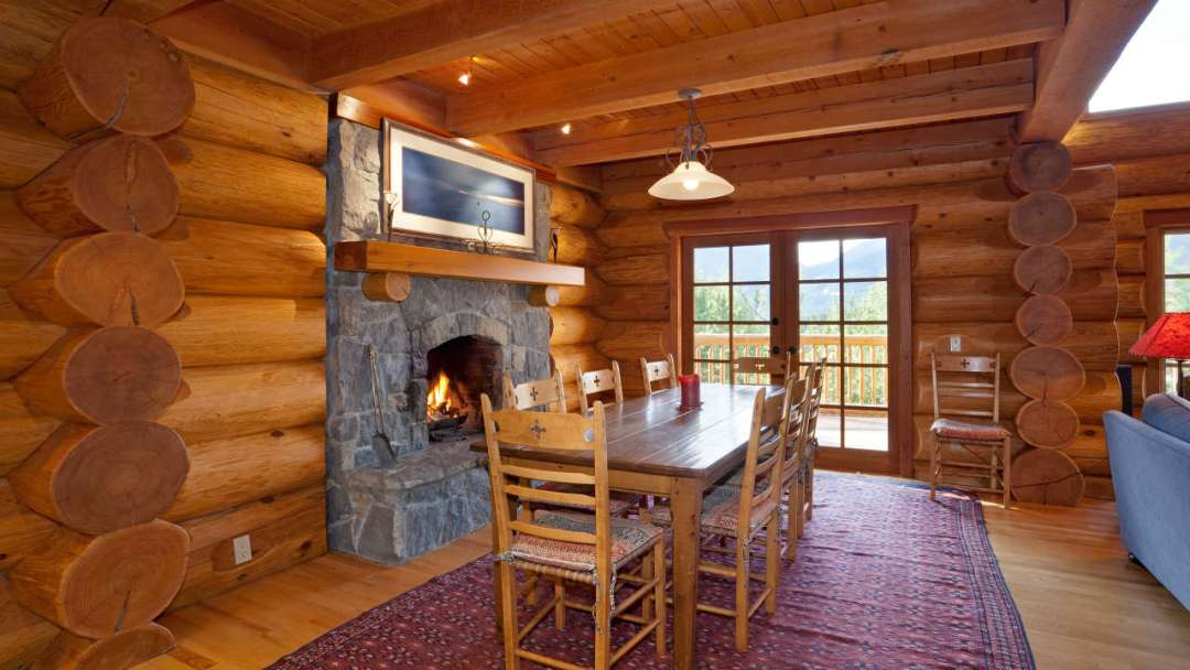Whistler Log Home Chalet Rental