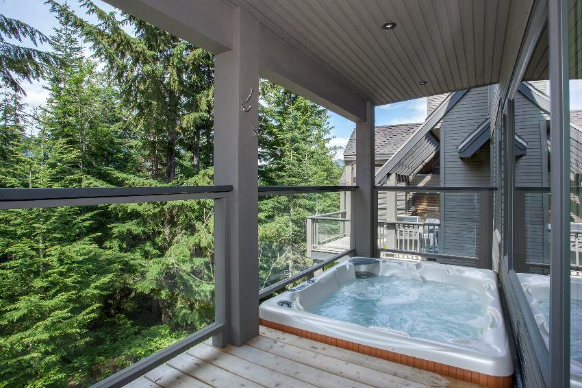 whistler 4 bedroom ski in ski out