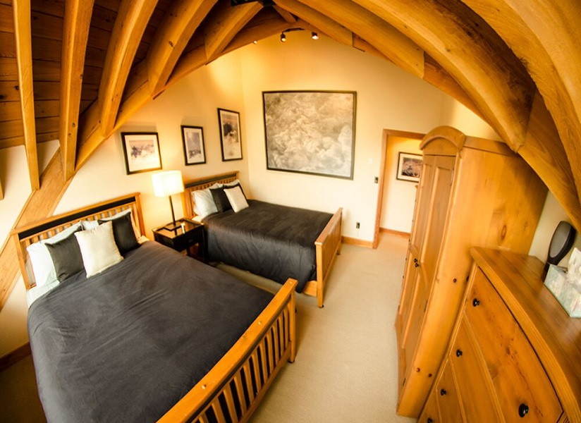 whistler village penthouse double room