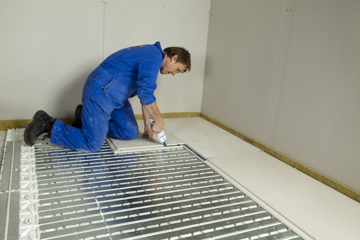 How To Lay Knauf Brio Dry Screed Boards Skill Builder
