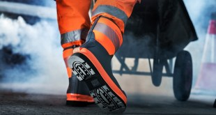 high visibility wellingtons