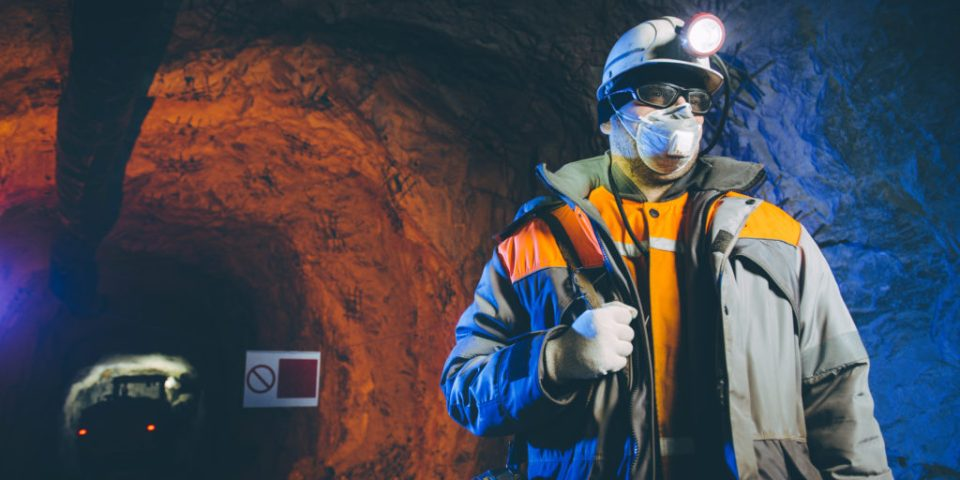 Quebec govt spares mining industry from new restrictions