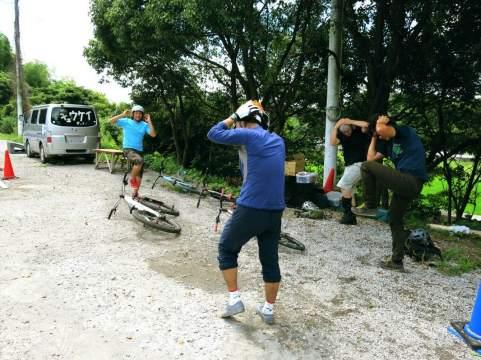 準備運動に全身の連動させて運動する練習