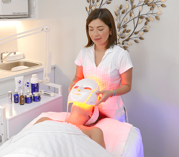 skin-by-carla-LED-light-mask-therapy-los-angeles-skin-care-anti-aging-beverly-hills-west-hollywood
