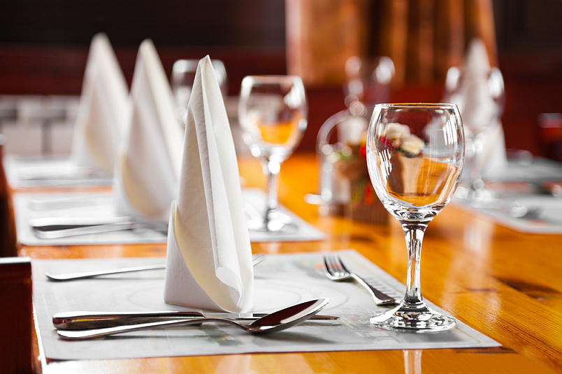 resturant table setting