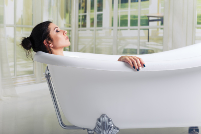 woman relaxing in the bath