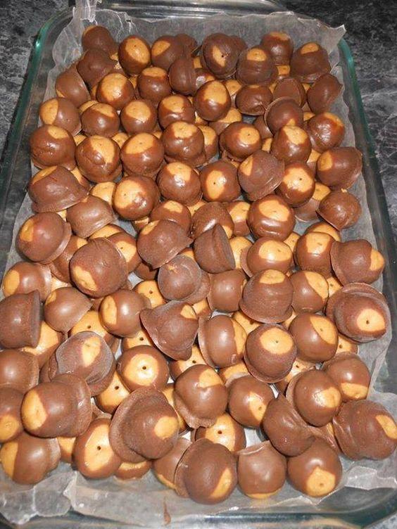 Peanut butter balls aka Buckeye Balls