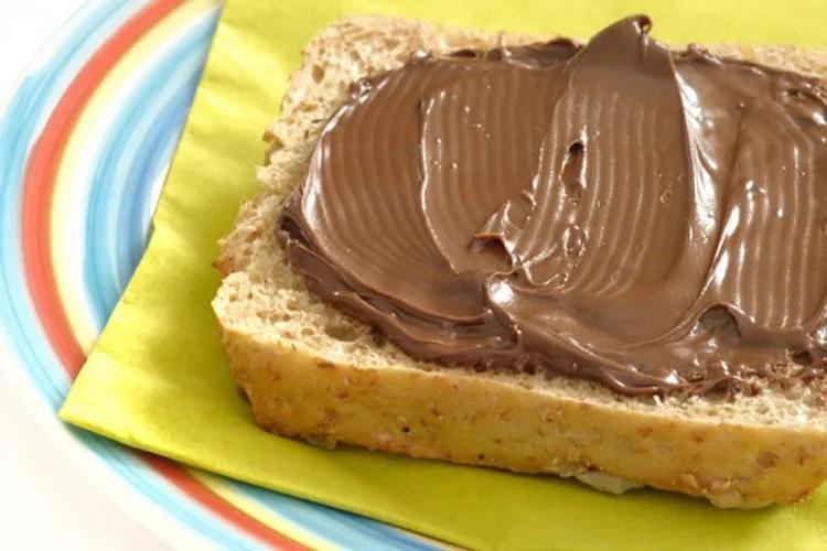 Homemade Skinny Nutella Spread