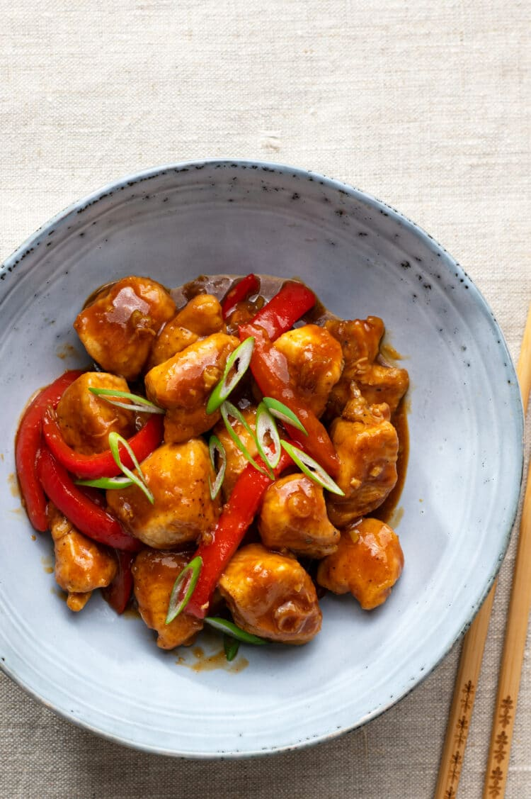 Skip the unhealthy take away food and make this Chinese classic instead.