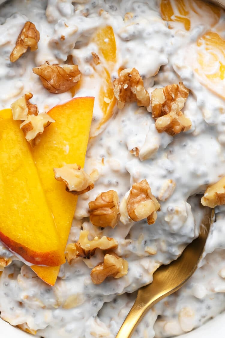 This overnight oats recipe is full of creamy texture and incredible taste!