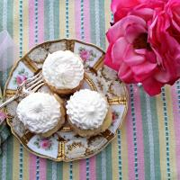White Chocolate Cupcakes with Pink Moscato Whipped Buttercream