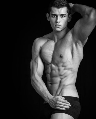 Fitness model - Luke Sumner-Wilson