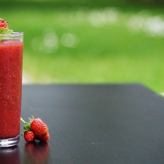Strawberry Smoothie for Weight Loss