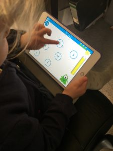 Read With Phonics app