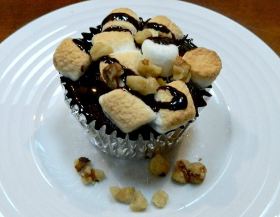oreo-marshmallow-brownie-cupcakes