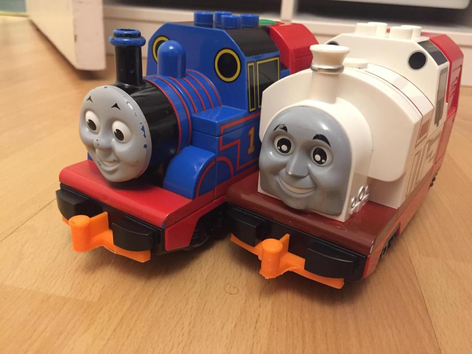 Duplo Train hooks