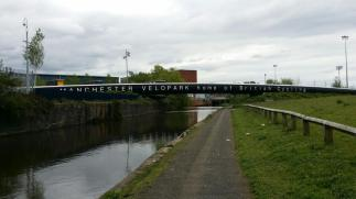 This canal path is the main cycleroute between the Station and Velopark… HAHA