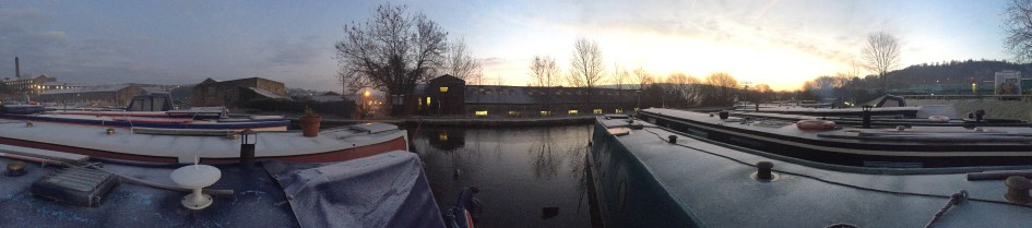 New Mills Marina - Little bit of Ice