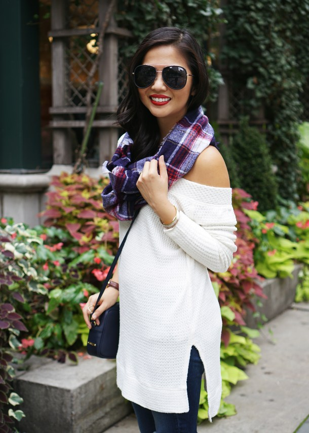 Skirt The Rules / Plaid Blanket Scarf