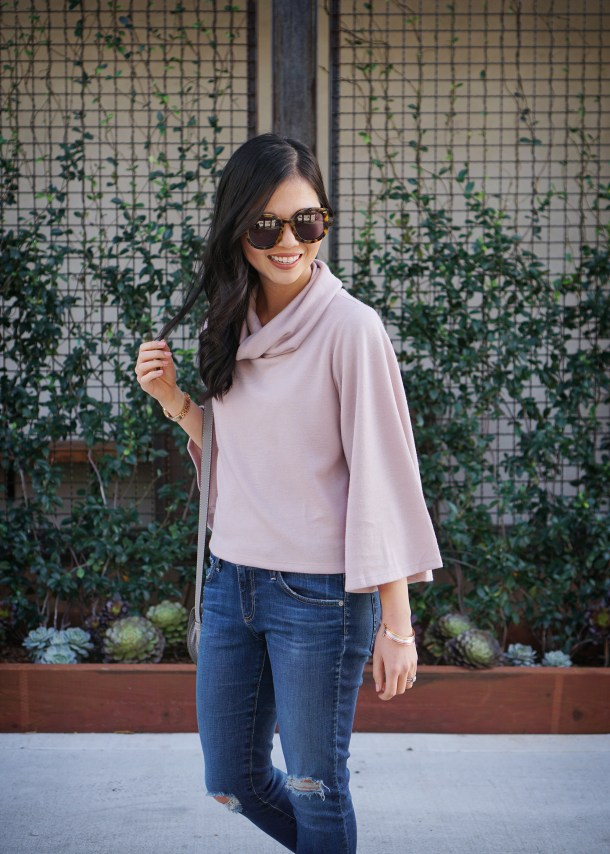 Skirt The Rules / Dusty Pink Bell Sleeve Sweater