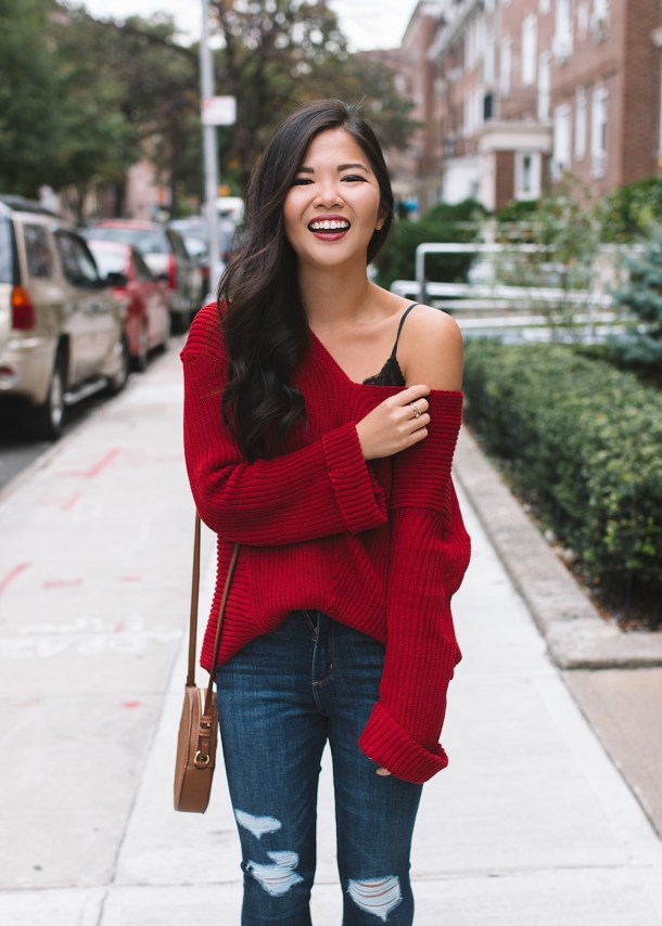 Fall Style / Slouchy Sweater & Ripped Jeans