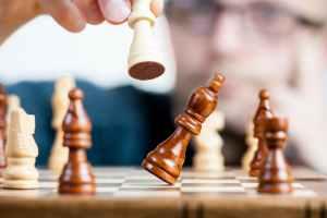 biais cognitifs et negociation commerciale impacts et limites