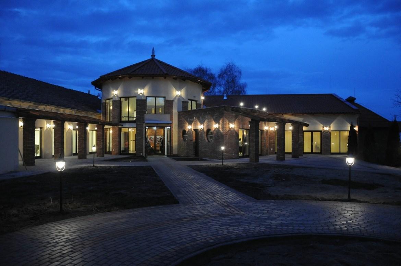 Széchenyi Ifjúsági Közösségi Központ
