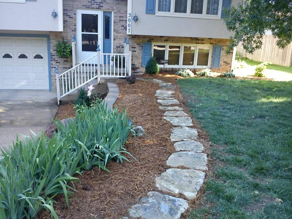 lawn-and-landscaping-hardscaping-contractor-Overland-Park-Kansas-City