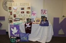 Display table during philanthropy round
