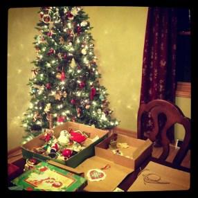 Decorating the Tree:: Christmas