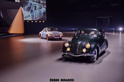 elektromobil-skoda_enyaq_iv-svetova-premiera-veterany-oslava-125-let- (10)