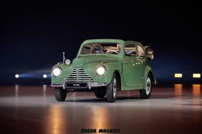 elektromobil-skoda_enyaq_iv-svetova-premiera-veterany-oslava-125-let- (18)