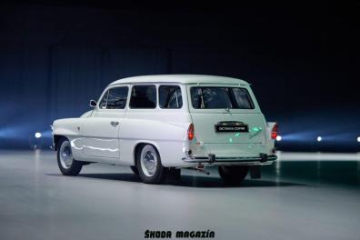 elektromobil-skoda_enyaq_iv-svetova-premiera-veterany-oslava-125-let- (19)
