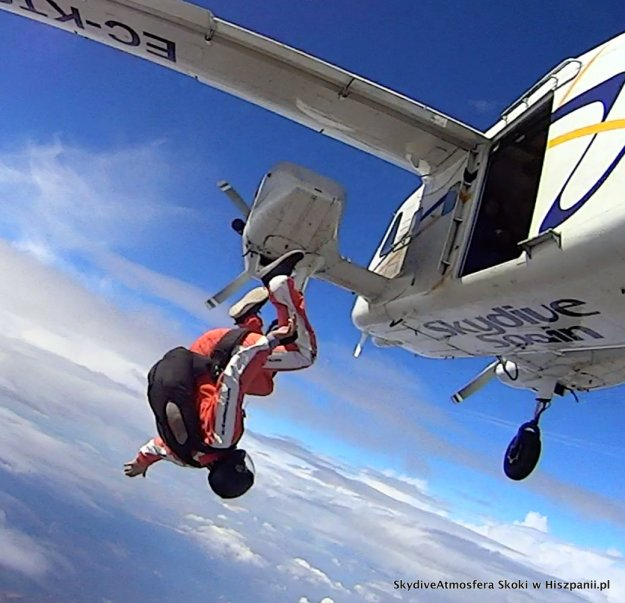 skydive training.52-001