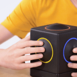 Close up hands on Skoog