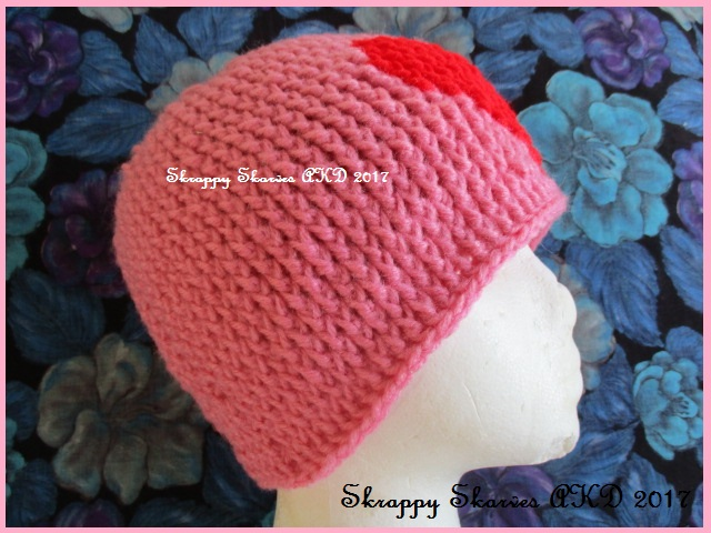 33-kays-pink-hot-red-heart-beanie