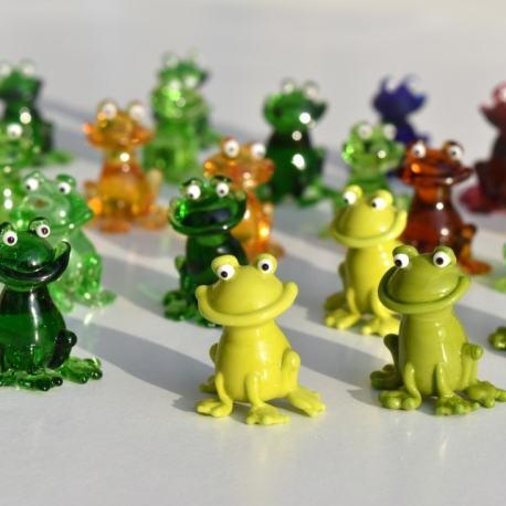sklenene-figurky-frog03