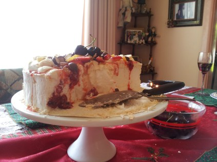 Christmas Day pavlova