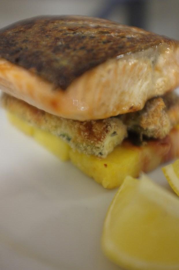 salmon-palenta-zucchini